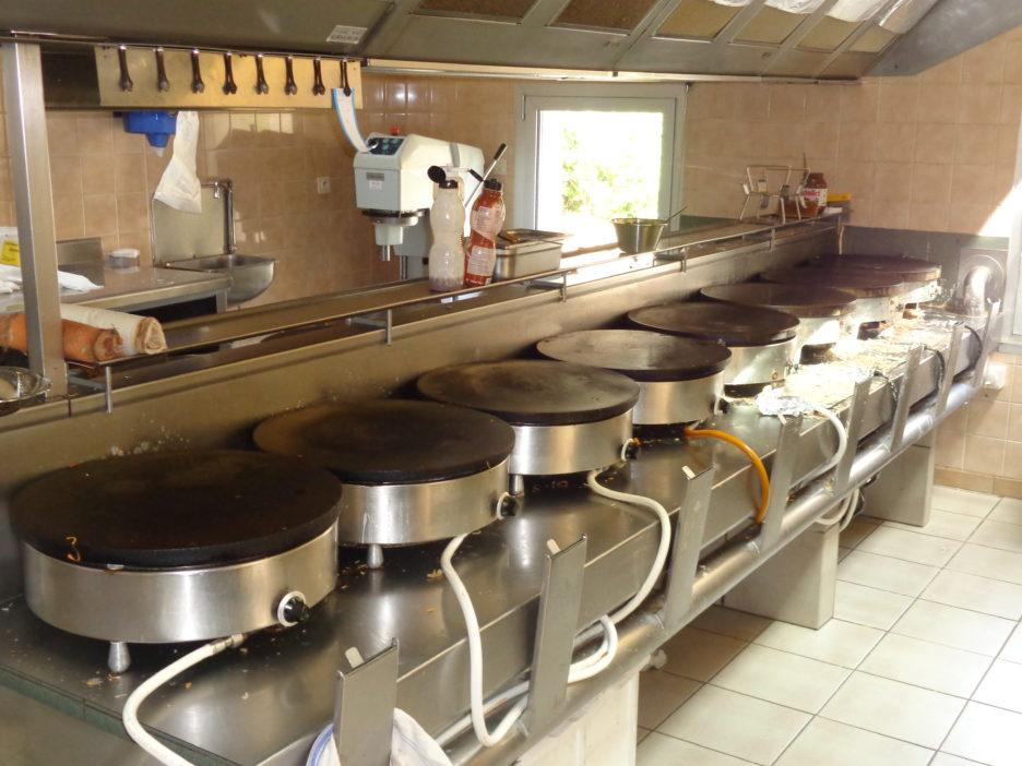cuisine1-crêperie-du-puits-brandivy