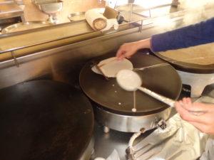 cuisine2-crêperie-du-puits-brandivy